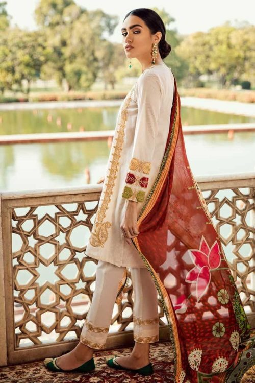 Cross Stitch Pakistani Suits Rani Bagh – Luxury Lawn '19 – Mughal Dream