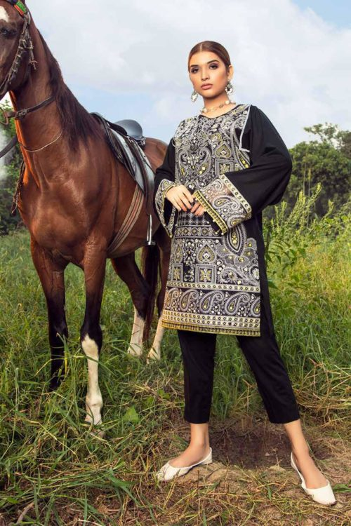 Muzayyan by Adan's Libas Black Kurti Collection Design 3