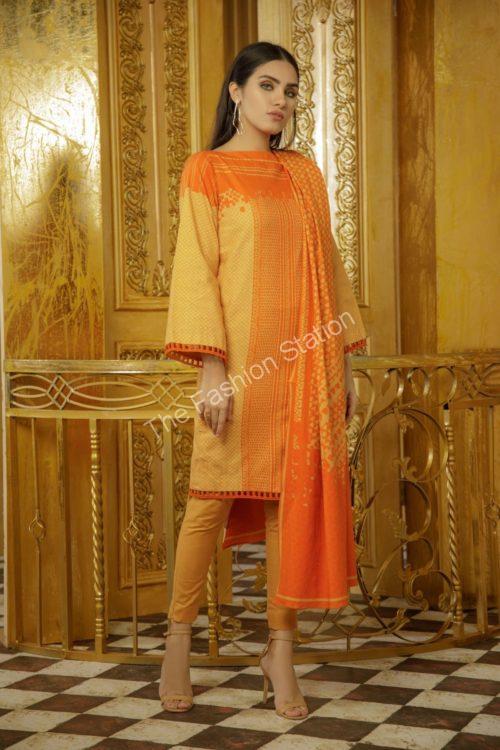 3 Piece Printed Khaddar Suit with Khaddar Dupatta  |  Alkaram | FW-7.1-19-Orange