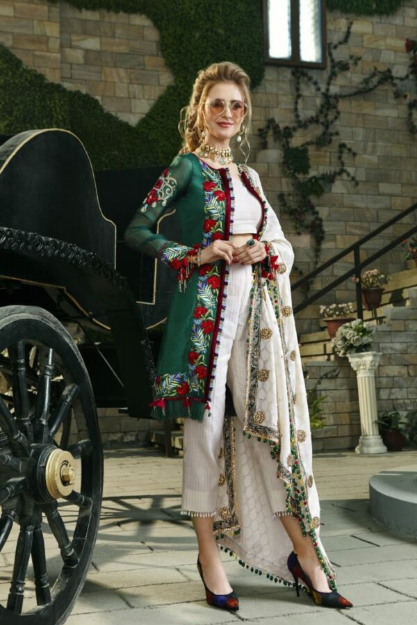 Zara Hayaat Luxury Lawn – MOSS SS-05 *Hot & Restocked