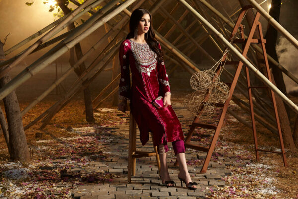Zara Hayaat Festive Collection  – FRENCH ROSE 20 W9 Fully Stitched in SMALL Size Ready to Ship